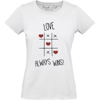 T-shirt Love Always Wins